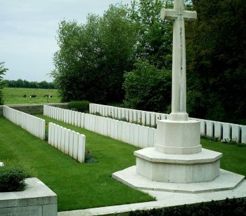 Amerval Communal Cemetery Extension